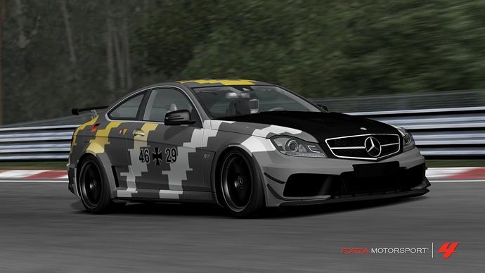 Forza243